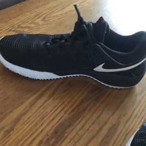 Nike Shoes - Women's Nike volleyball shoes size 10